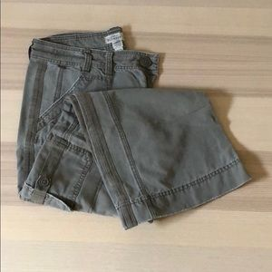Old Navy Cargo-style Pants 12